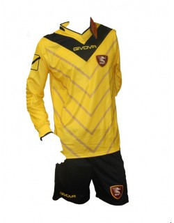 image: Salernitana kit portiere III XL
